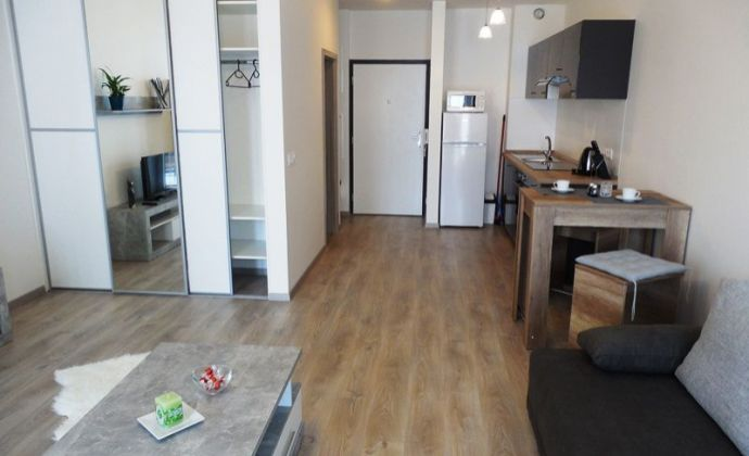 Krásny tehlový 1izb. byt, 42,5 m2 s balkónom a parkovacím miestom, Slnečnice - Petržalka, BA V.