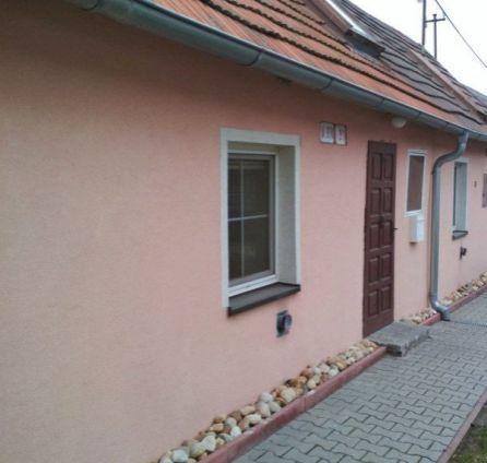 StarBrokers – PREDAJ: 2-izb. rodinný dom 63 m2 + 2 parkovacie miesta + záhradka - Bratislava Rača, ulica Pri Vinohradoch