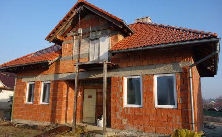 Rozostavaný RD 6+1 s garážou v Melčiciach-Lieskovom s 1174 m2 pozemkom