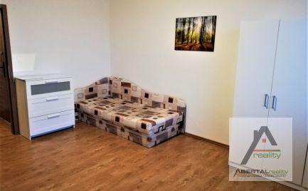 Prenájom 3i bytu s loggioiu v Petržalke, Šustekova ul.