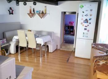 Vidiecky domček na celoročné byvanie