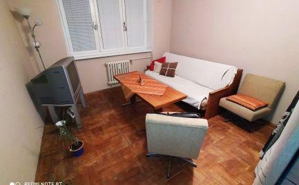 Veľký 2-izbový byt na BULVÁRI .