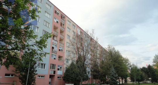 Kúpa 2 izbový byt Prievidza sídlisko Zapotôčky 70015