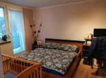 Okres SENEC - NA PREDAJ zariadený 3 izbový  byt s krásnou záhradkou, altánkom a garážou - obec Reca