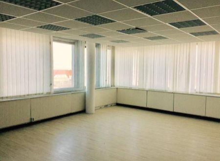 Kancelárie, výborná poloha pri OC Centrál, od 16,8m2