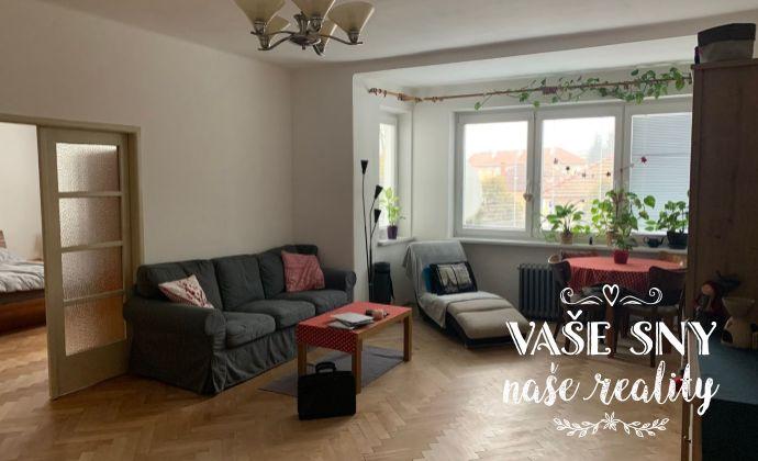 Veľkometrážny 3 izbový byt na prenájom, Sihoť, Rázusova ulica, 10 min pešo do centra