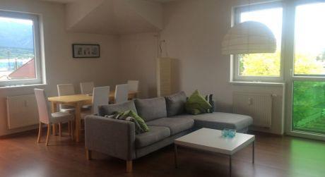 Ponúkame na prenájom 2 izbový byt v centre Martina