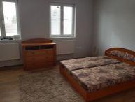 REALFINANC - 100% aktuálny !!! Na prenájom 2 izbový rodinný dom, po rekonštrukcii, Slovenská nová Ves!