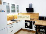 REZERVOVANÉ Veľký 2-izbový byt na Javorovej ulici