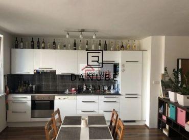 Prenájom 2-izbový byt v Bratislave-Ružinove na Rezedovej ulici.