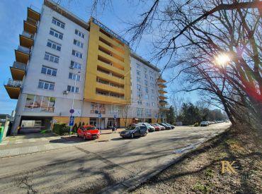 PRENÁJOM - 1 izbový zariadený byt na ulici Antolská s výhľadom na jazero Draždiak