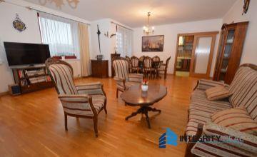 Predaj 4 izbový byt, terasa, loggia, 2 garážové státia, VIDEO - obhliadka
