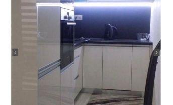 Bývajte v krásnom, modernom 2 izbovom byte vo vyhľadávanej lokalite v Michaloviach