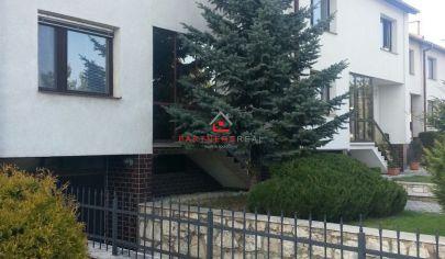 Rodinný dom, prenájom, Bratislavská, Západ