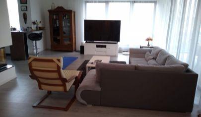 Prenájom 5 izbový byt v Bratislave I s terasou 2 balkóny s parkovaním