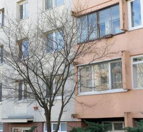StarBrokers – PREDAJ 4-izb. byt 82 m2 s loggiou na 2/6 p. Bratislava Rača, Tbiliská ulica
