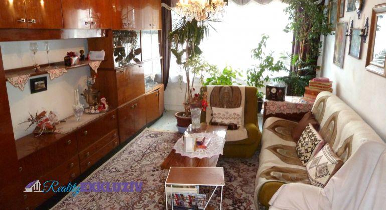3 izbový byt na predaj v Lučenci, s balkónom.