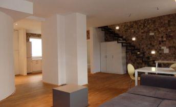 Veľký 3-izb. v centre Bratislavy - Zochova ul.