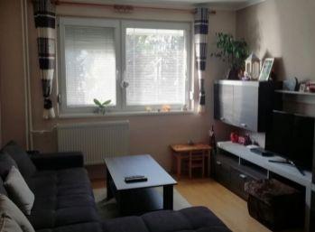 PREDAJ 3 izb. byt   -  BLIŽŠIE CENTRUM