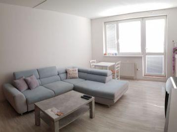 BA II. Podunajské Biskupice - 2 izbový zariadený byt na Podzáhradnej ulici