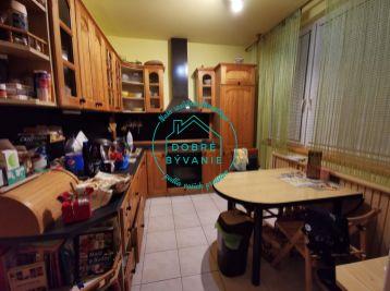 Na Predaj 3 izbový byt po rekonštrukcii