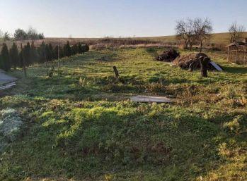 Stavebný pozemok v mestskej časti BnB/MALÉ CHLIEVANY