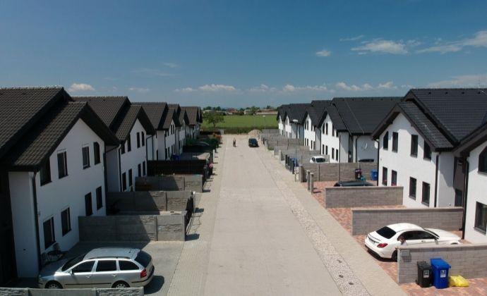 PREDAJ, exkluzívne  4 izbové  mezonetové byty v Dvoj dome Hviezdoslavov-Slnečné záhrady