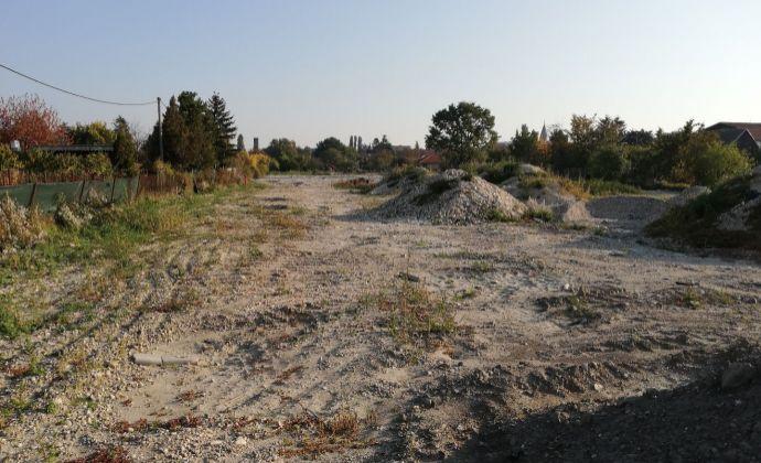 PREDAJ, lukratívny investičný stavebný pozemok ulica Svornosti - BRATISLAVA II. Podunajské Biskupice