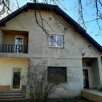 Rodinný dom, Tehla, 140 m², Pôvodný stav