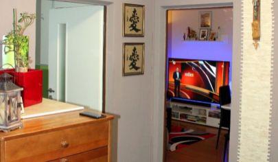 Pekný a priestranný komplet zariadený 4*izbový byt v Malackách