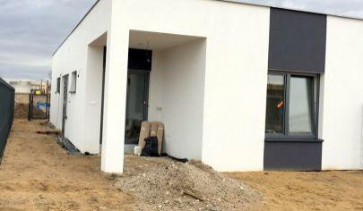 Novostavba 4*izbového rodinného domu v dvojdome Malé Leváre