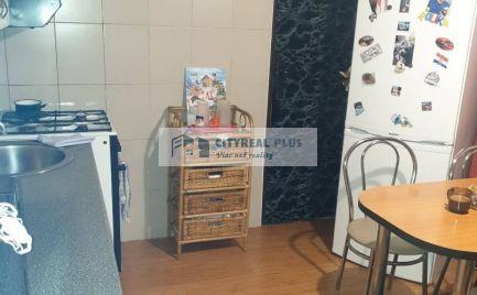 Predám veľký 2 izbový byt blízko stanice Nové Zámky