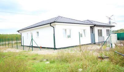 NOVÁ CENA - SORTier s.r.o. Predaj 4 izbového rodinného domu v Kostolišti