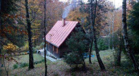 NA PREDAJ chata v prekrásnom lesnom prostredí pri Cerovej - Sokolské chaty