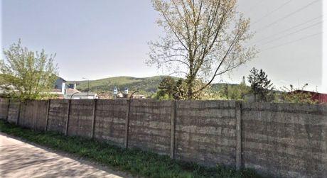 Na predaj pozemok, 2.300 m2, 1.392 m2, priemyselná zóna, Dubnica nad Váhom