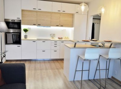 krásny 2 izbový nadštandardne zrekonštruovaný byt ihned k nasťahovaniu