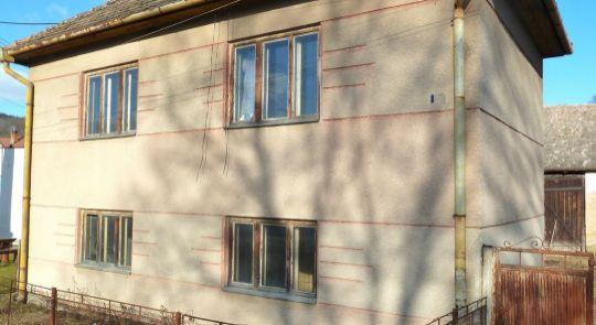 Predaj Rodinné domy Uhorské