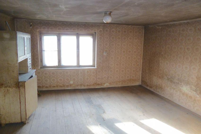 Predaj Rodinné domy Uhorské-5