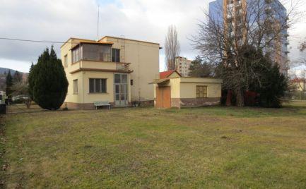 Rodinný dom, Nové Mesto n/V - Javorinská