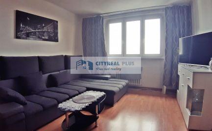 Na predaj 2-izbový byt blízko železničnej a autobusovej stanice v Nových Zámkoch