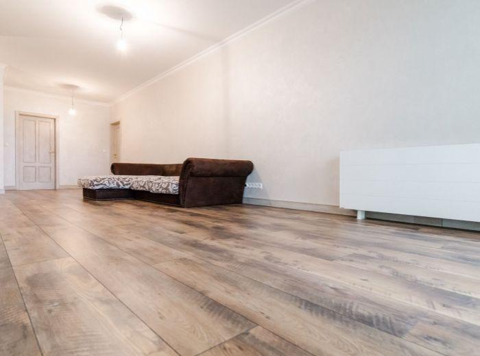 FRANKOVSKÁ, 4-i byt, 110 m2 - BLÍZKOSŤ PRÍRODY, tiché prostredie, VÝHĽAD NA MESTO
