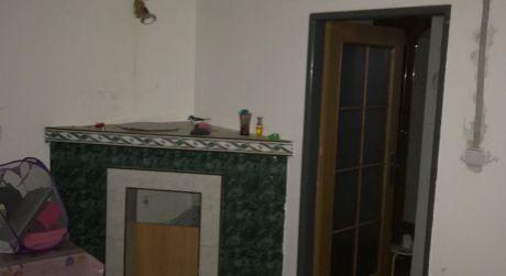 PRENÁJOM - 8 izbový rodinný dom pre tri 3 rodiny, kapacita okolo 12 ľudí, v Komárne