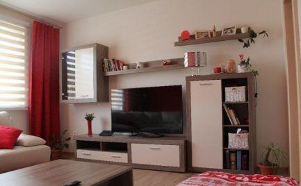 Predáme 4 izbový byt typu VNKS,  82 m2 + balkón, Banská Bystrica – kompletná rekonštrukcia – cena – 129 000€