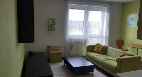 Na predaj príjemný 2 izb. byt na začiatku Petržalky, Pečnianska ul.