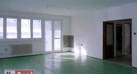 Hľadáte prenájom 2 izbového bytu  blízko centra Bratislavy?