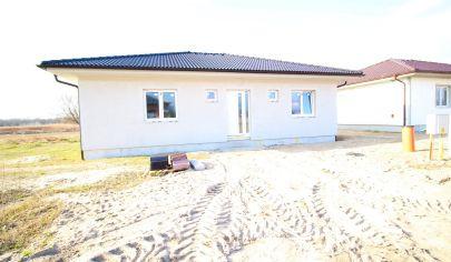 SORTier s.r.o. 4 izbový bungalov - nová lokalita- Malé Leváre - 5 min od Malaciek