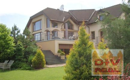 D + V real offers for rent: 6 bedroom family house, Strmý vŕšok, Záhorská Bystrica, Bratislava IV, unfurnished, indoor pool, detached apartment on the ground floor, parking for up to 7 cars