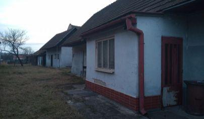 SUČANY-rodinný dom-chalupa, pozemok 569m2 okr. Martin
