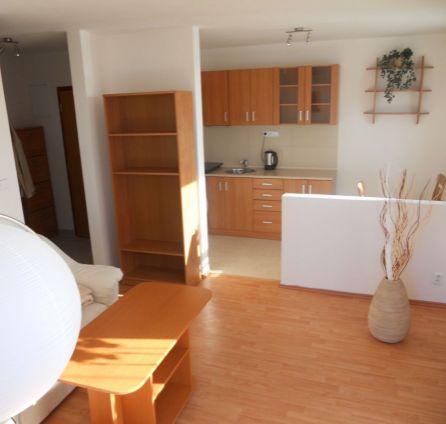 StarBrokers - PREDAJ - 1 izb. byt, novostavba, 19 m2 terasa + 7 m2 balkón, Rezedová ul.