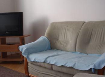 BA II. Na prenájom 2 izbový byt na Štrkovci